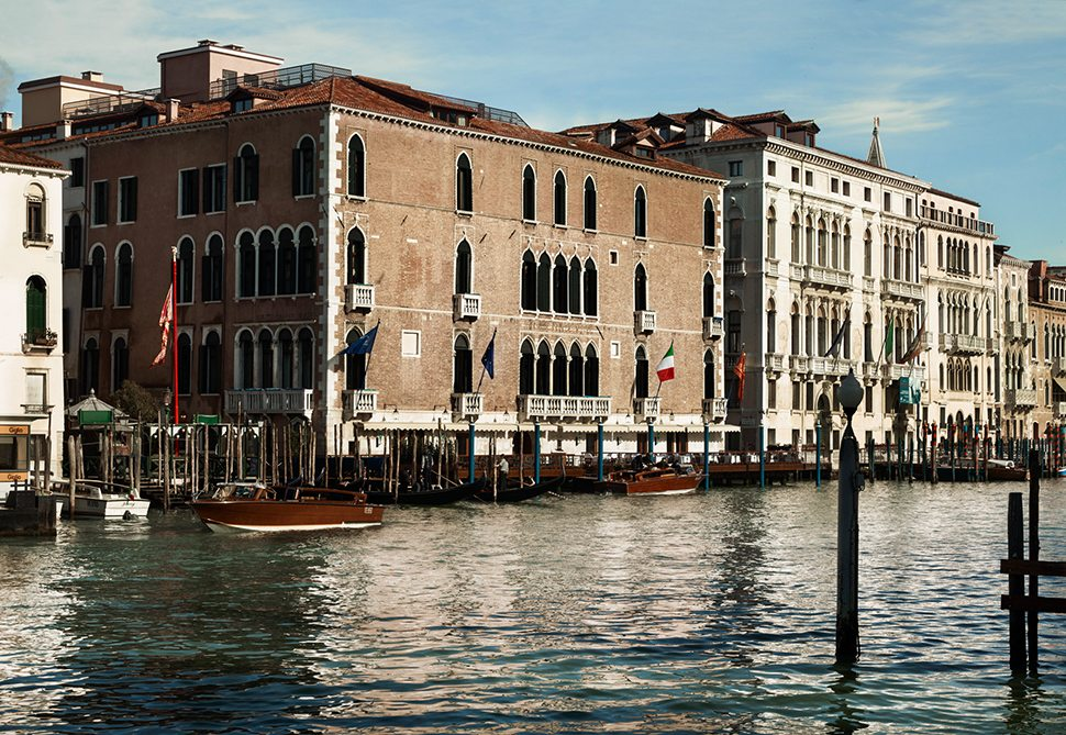 1 lux73ag-134445-Hotel Exterior - Grand Canal