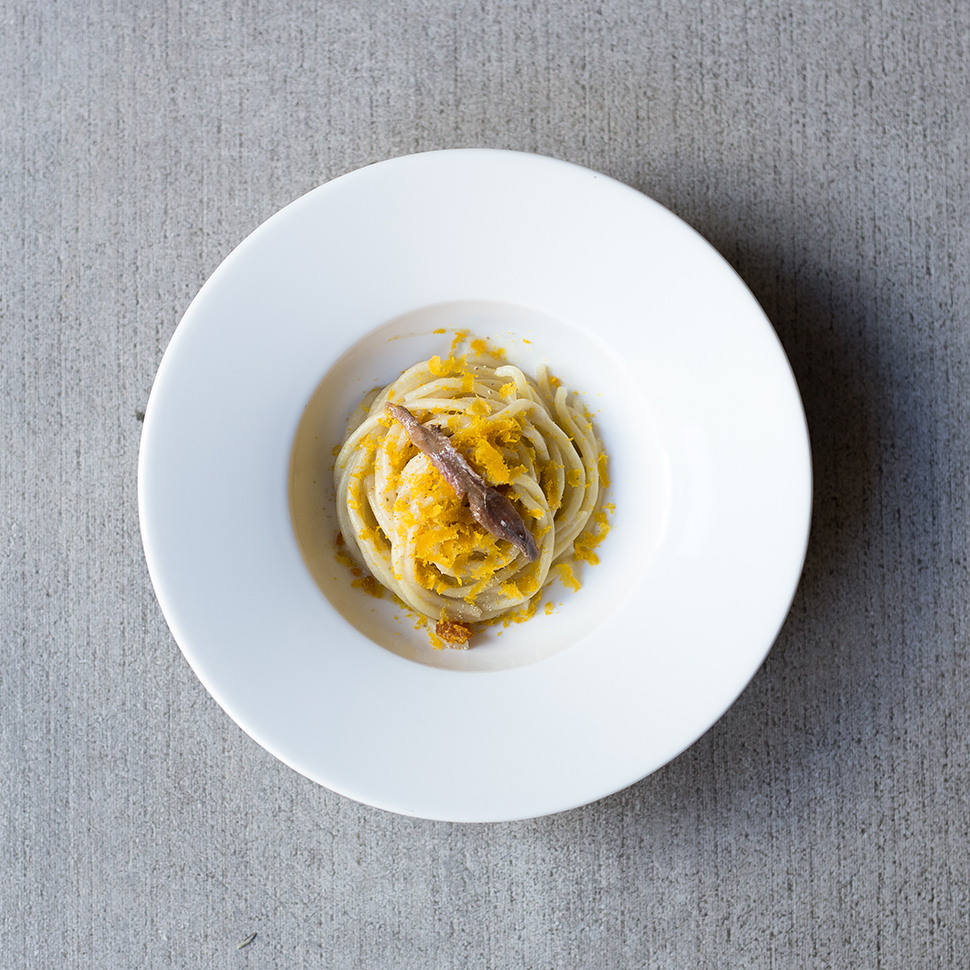 spaghetto fresco, burro alici e bottarga
