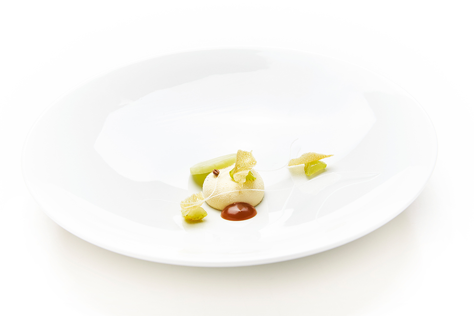 14 Geranium - Caramel With Roasted Grains, Chamomile & Pear - Photo Credit - Claes Bech-Poulsen 60